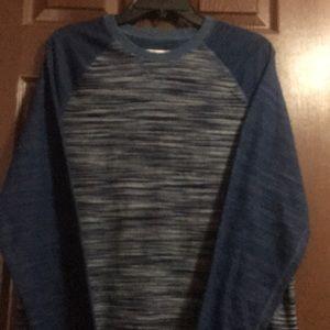 Men's Levi's shirt